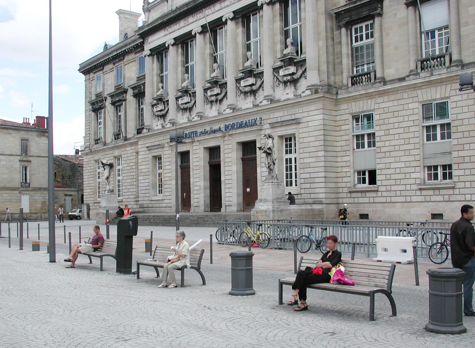 Proville mobilier urbain Place de la Victoire BORDEAUX